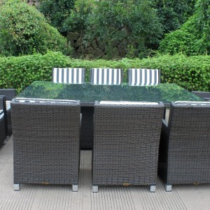 Royale Wicker Dining Furniture Settings