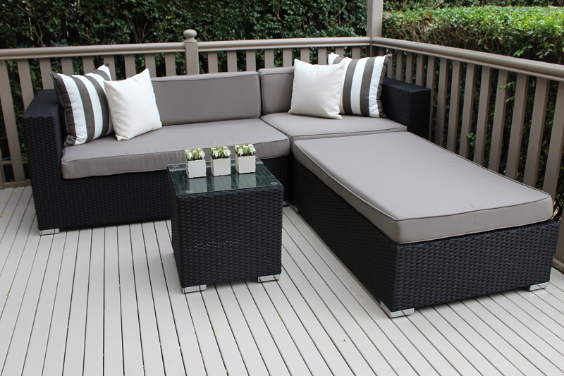5 seater chaise wicker lounge setting black with grey for Black outdoor wicker chaise