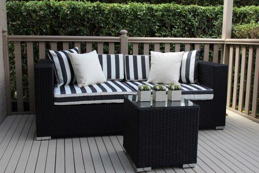 Gartemoebe 2 seater wicker outdoor furniture setting,b/w stripes