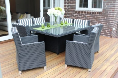 ROYALE 8 SEATER WICKER DINING SETTINGS charcoal hazelnut with bw stripe fabric