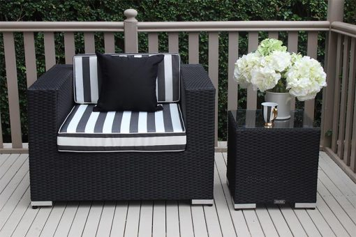 Outdoor Wicker Patio Armchair Licorice Black with Black and White Fabric