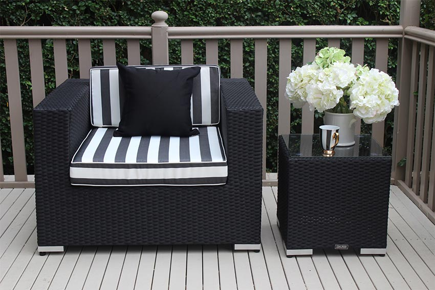 Outdoor Wicker Patio Armchair Licorice Black with bw fabric