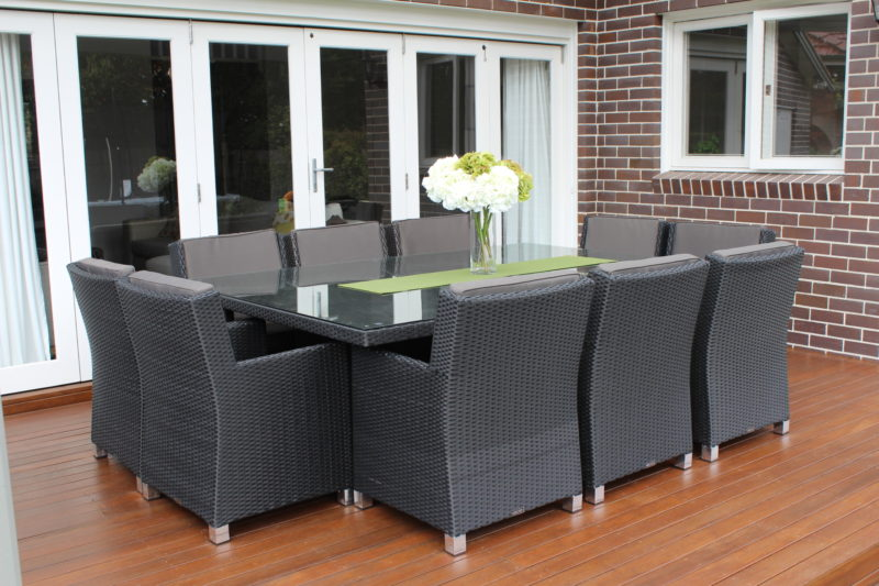Royale 10 Seater Wicker Dining Outdoor Setting