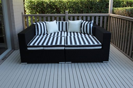 Gartemoebe Five Ways Luxury Daybed Licorice Black with BW Stripe Fabric