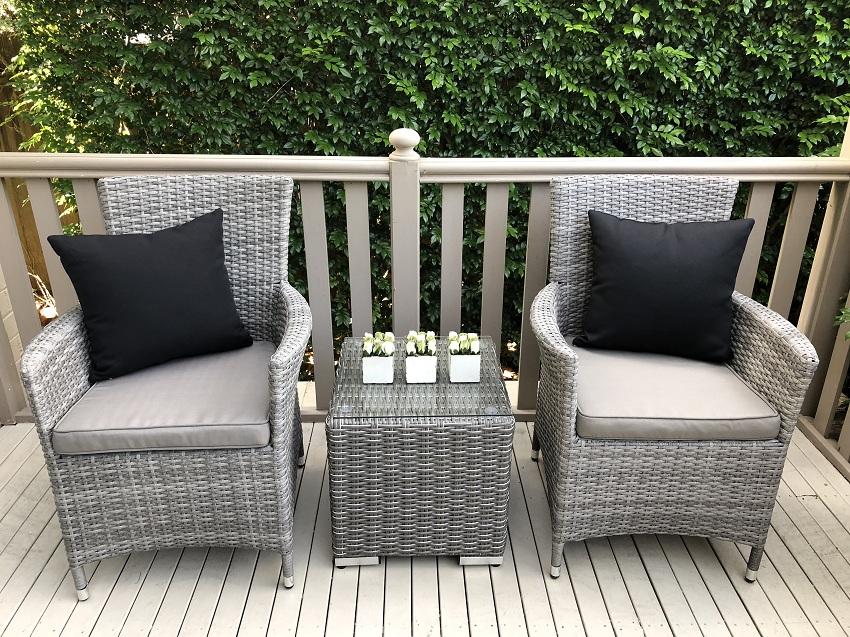 Sensational Gartemoebe Wicker Patio Chairs With Matching Wicker Side Table Outdoor Setting Inzonedesignstudio Interior Chair Design Inzonedesignstudiocom