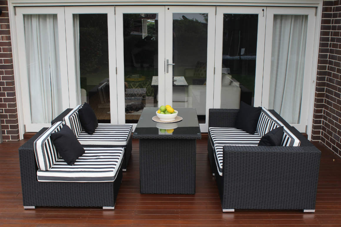 5 Ways Lounge Diner Wicker Setting, 3 seater and 2 single sofa configuration