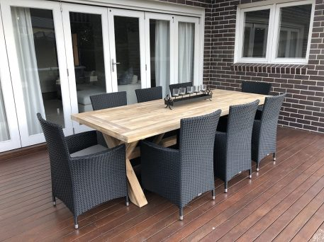Norwich Outdoor 8 seater Dining setting Gartemoebe chairs licorice black