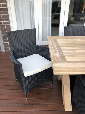 Norwich Outdoor wicker Dining setting Gartemoebe chairs licorice black with cream fabric