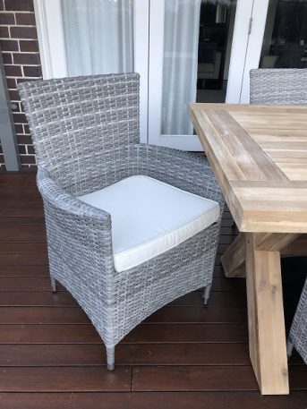 Norwich Outdoor wicker Dining setting Gartemoebe chairs vintage grey with cream fabric