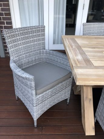 Norwich Outdoor wicker Dining setting Gartemoebe chairs vintage grey with grey brown fabric