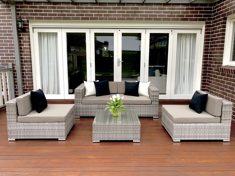 Tips for choosing the right Outdoor setting