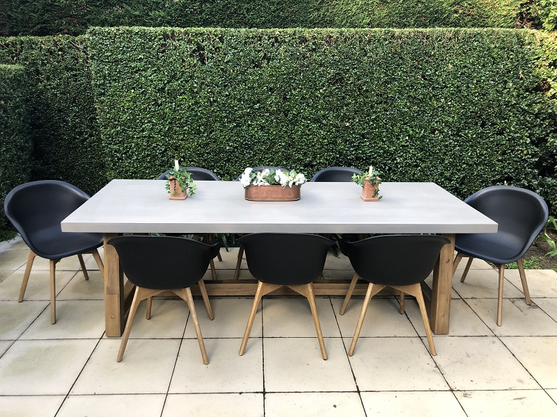 Veltis Outdoor Dining Setting 8 Seater Industrial