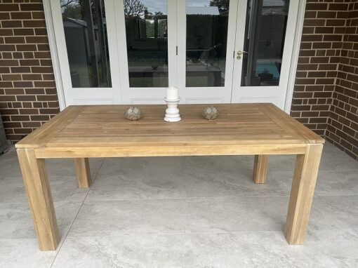 Cancun dining table 180 cm